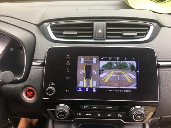 Nên dùng camera 360 độ ô tô nào?