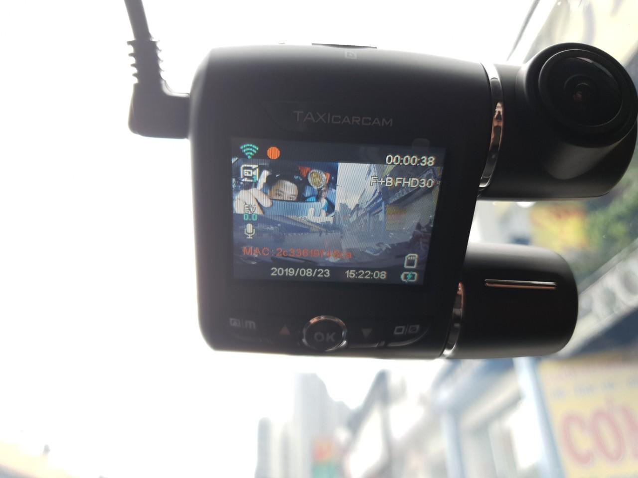 camera hanh trinh taxicarcam