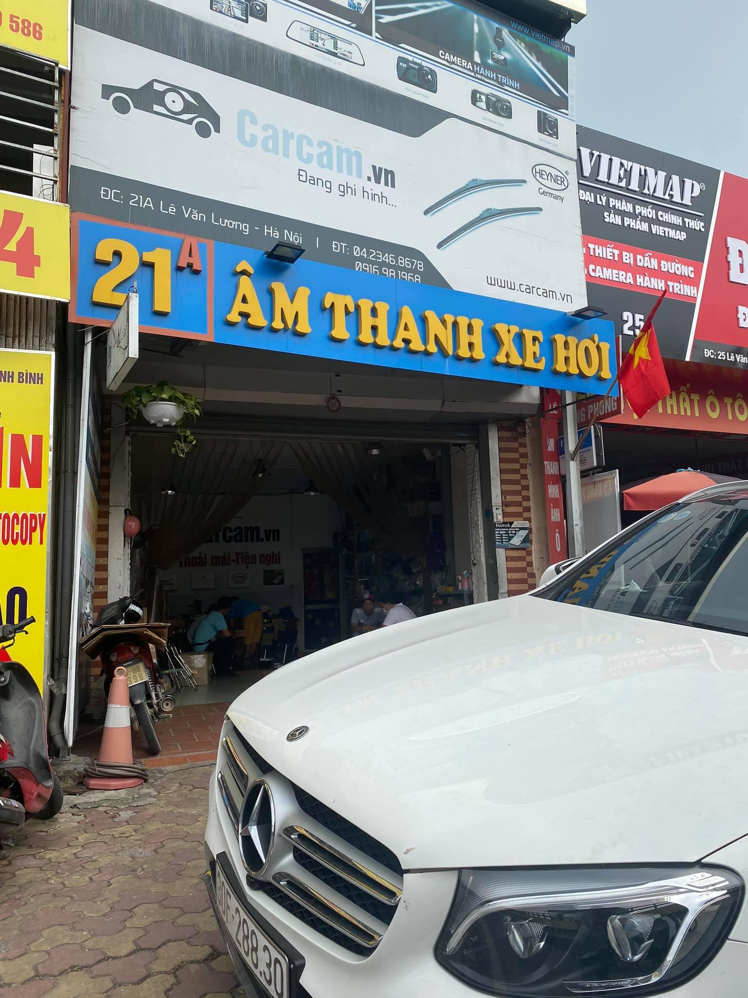 camera hanh trinh W8s doc bien bao toc do
