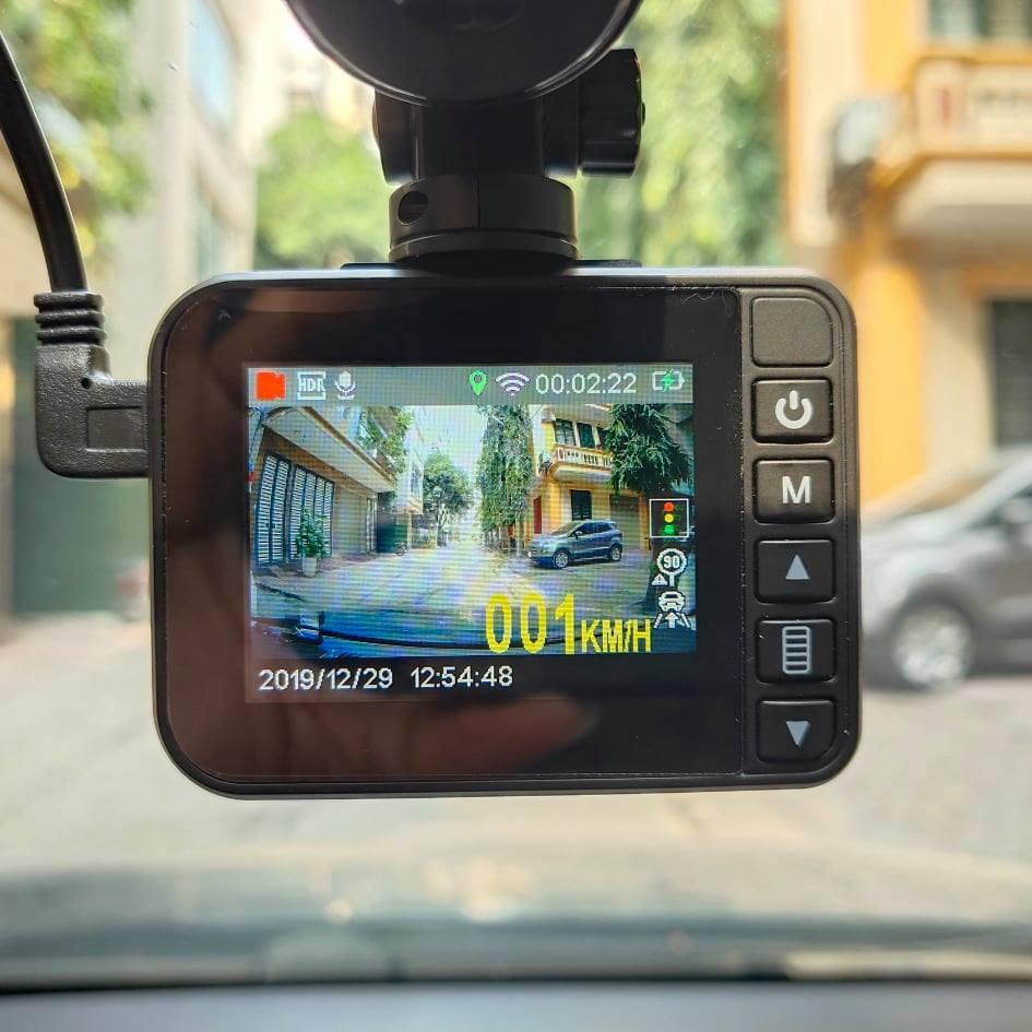 camera hanh trinh bao toc do